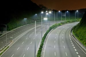 В шести населенных пунктах Красноярского края на трассе Р-255 Сибирь установят освещение